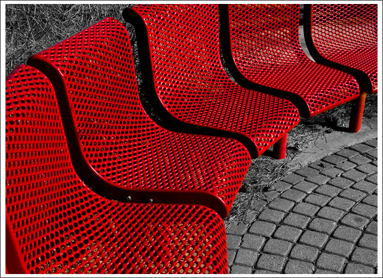 red-seating002.jpg